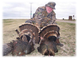 Turkey hunting in Kansas with Kansas Big Boy outfitters